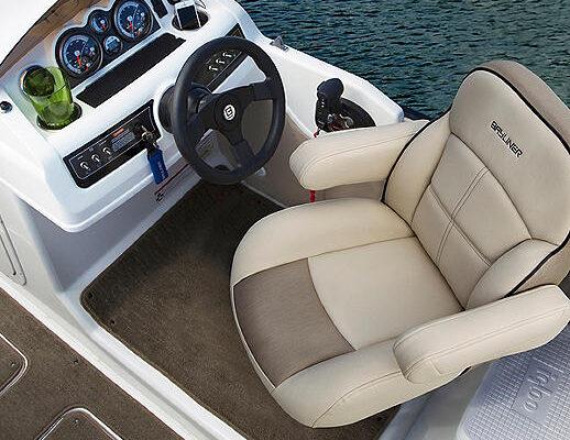 XR7_Helm_Seat_Option