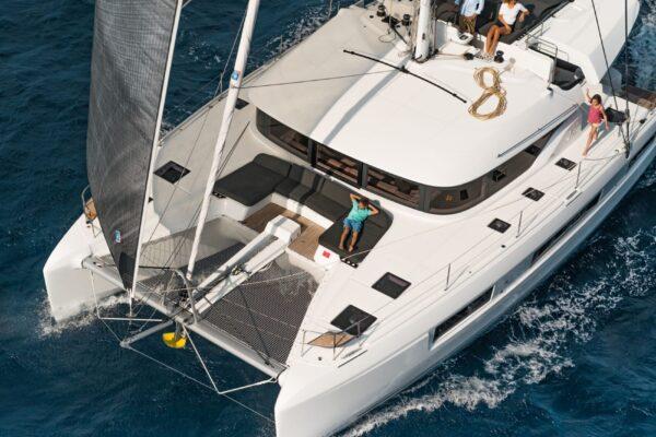 cata-lagoon-50-navigation-2
