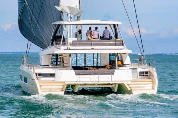navigation-chase-boat-ncz8676-web